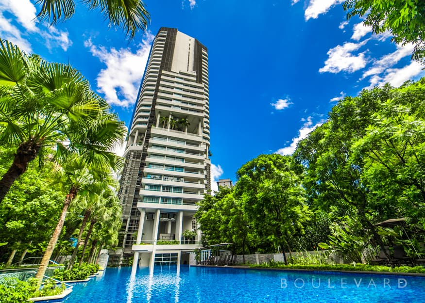Grange Infinite condo swimming pool
